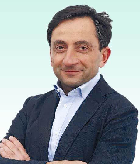 Dottor Luca Pazzaglia ortopedia traumatologida Studio Medico Caseli San Benedetto